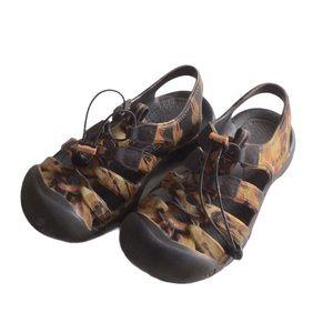 Keen Sandals Kids Size 2